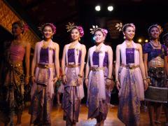 タイの綺麗な踊り子さん